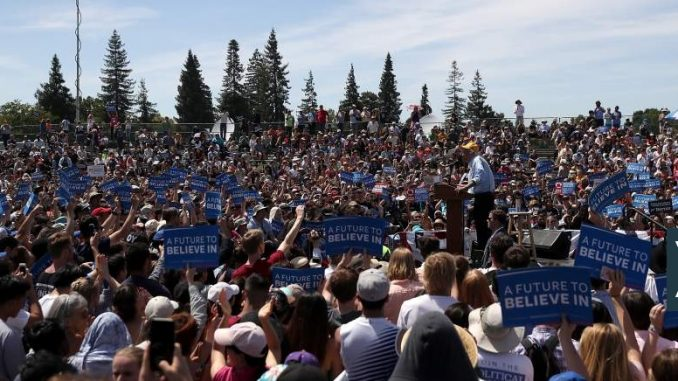 One hundred thousand people attend Bernie Sanders rally, amid a media blackout