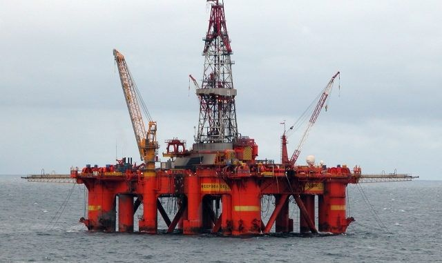Obama Approved Hundreds Of Offshore Fracking Drills In Gulf of Mexico