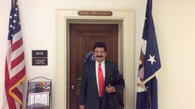 Orlando shooters father pictured visiting Hillary Clinton's office