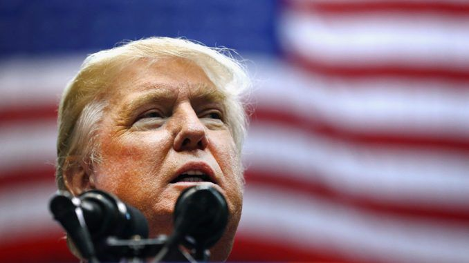 Trump accuses Obama of supporting ISIS