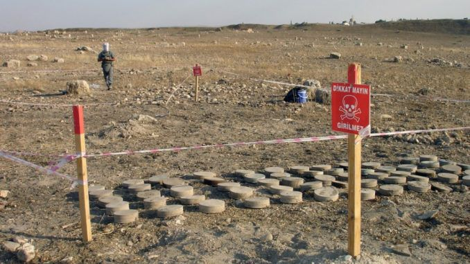 Turkey supports ISIS in building mines alone the Syrian border