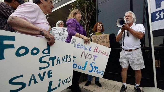 Foodstamp system in America goes down, creating chaos
