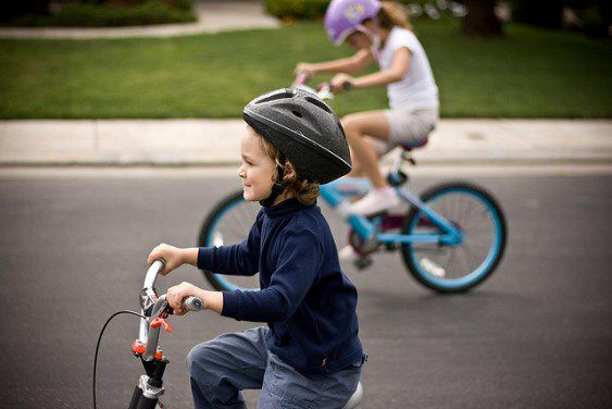 Israeli Rabbi Bans Girls Over 5 Years Old From Riding Bikes