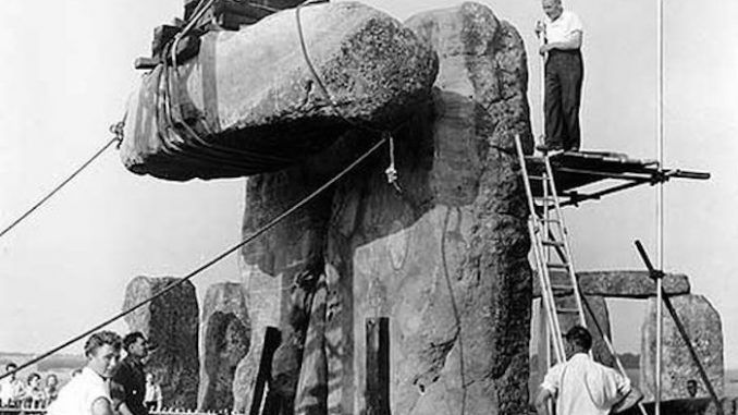 Pictures show stonehenge was built 50 years ago