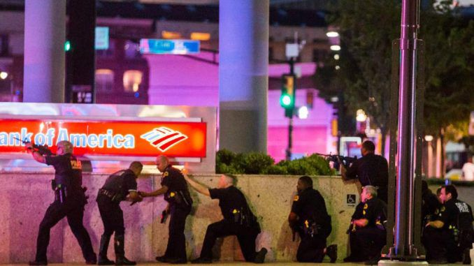 BLM protestors kill four police officers during Black Lives Matter protest in Dallas