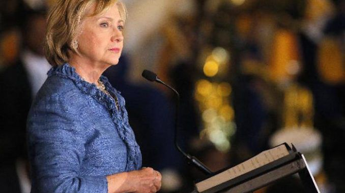 Hillary Clinton vows to amend constitution within 30 days of becoming President