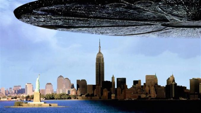 City stunned as Independence Day UFO hovers in the sky for 10 hours