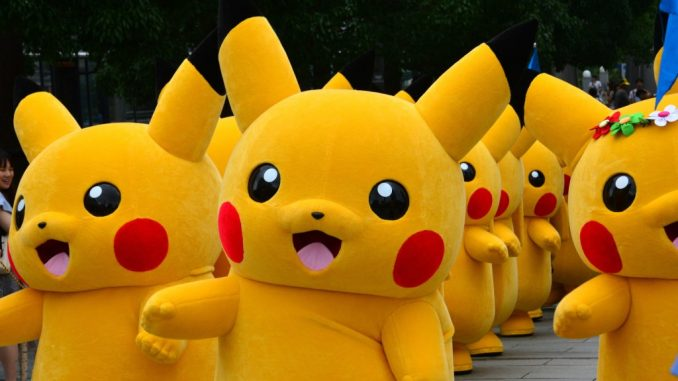 Oliver Stone says Pokemon GO is generating a 'robot society'