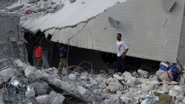 Syria: At Least 15 Civilians Dead Or Injured In US Airstrikes