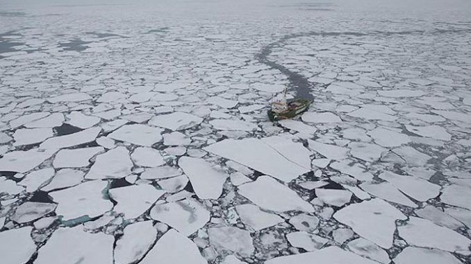Global warming expedition in its tracks due to arctic sea ice