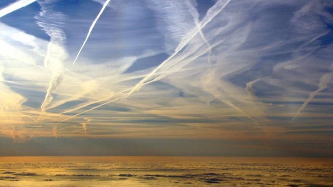 US airforce admit that chemtrails are real