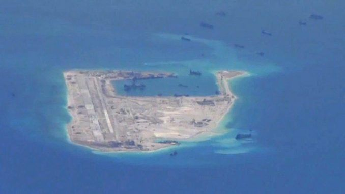 Japanese government report hundreds of Chinese ships near disputed islands