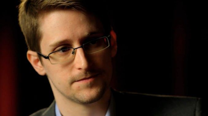 Edward Snowden has explained that the recent hack against the NSA tied cyber spies was a warning to the United States government.