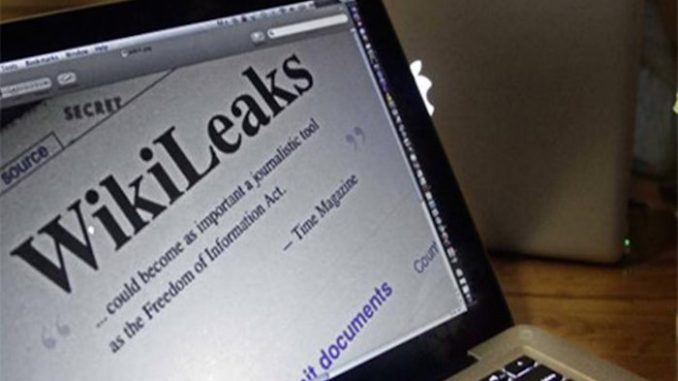 CNNtold viewers it is illegal for them to read WikiLeaks emails, but it is OK for them to let the network tell them what is in them.
