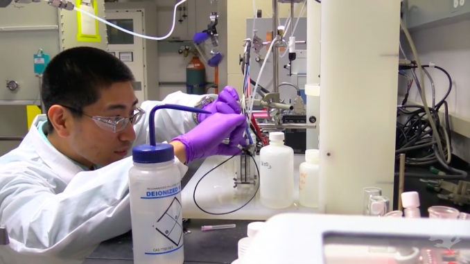 Scientist discovers method for transforming air (Co2) into fuel (ethanol)