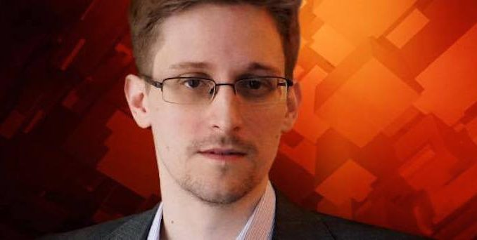 Whistleblower Edward Snowden warned reporters that in this era of mass surveillance and mainstream media collusion with the state, journalists are an endangered species facing extinction.