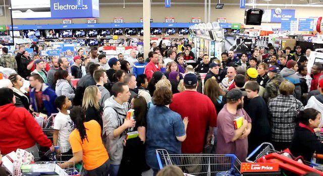 Black Friday Marked By Brawls & Fatal shootings In US