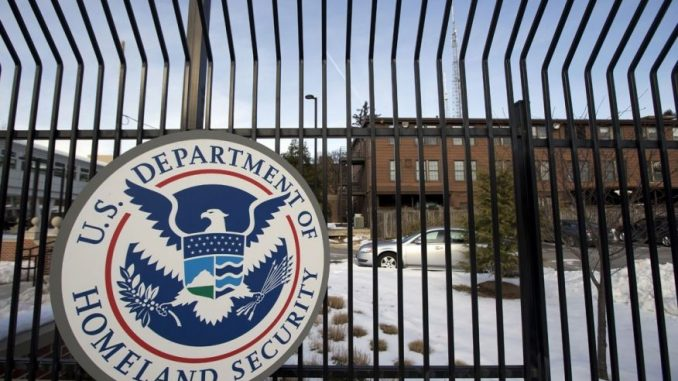 DHS borders 'wide open' as top leaders quit en masse