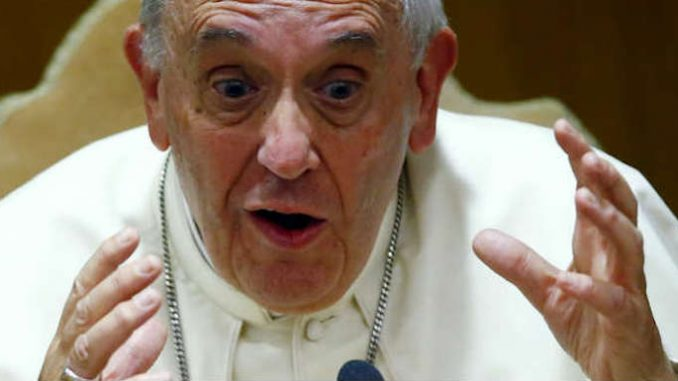 "New World Order demagogue Pope Francis has rung in the new year by calling for the establishment of a ""global public authority"" and a ""central world bank""."