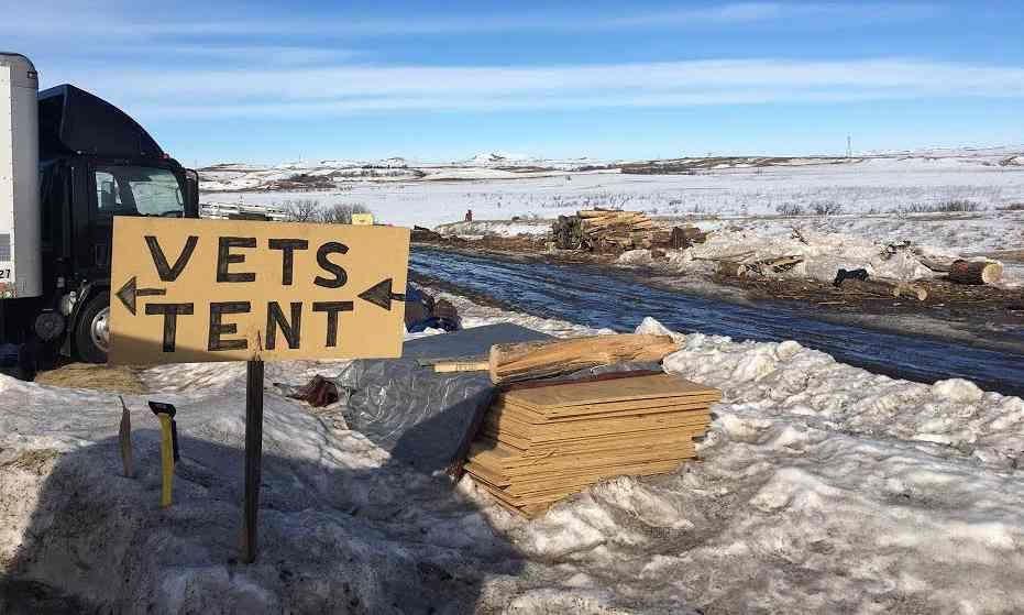 Vets tent at Standing Rock
