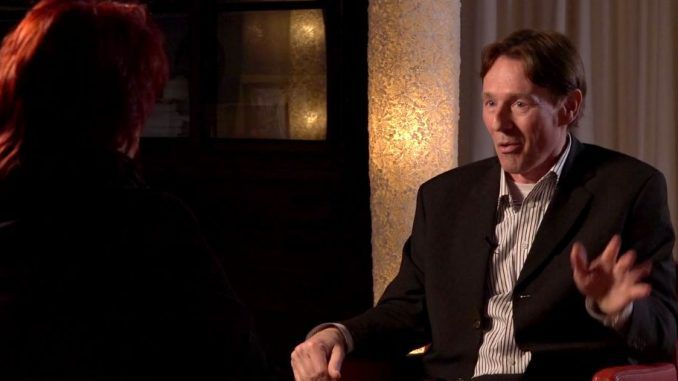 Dutch banker Ronald Bernard was asked to sacrifice a child at a party. That is when he quit the Illuminati.