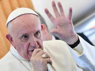 Pope Francis says he believes the world is on the brink of war