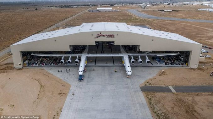 largest airplane