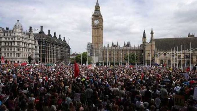 Tens of thousands of British citizens rise up and protest against the New World Order in London