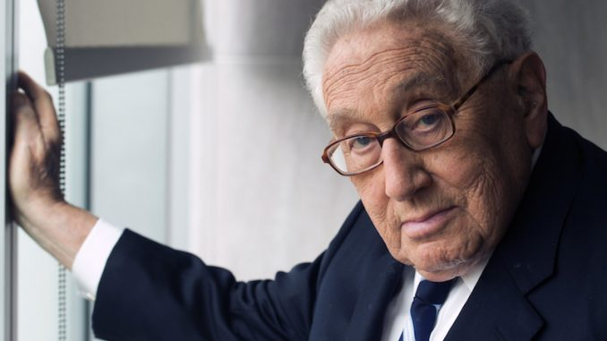Henry Kissinger claims that destroying ISIS will lead to far more dangerous Iranian empire