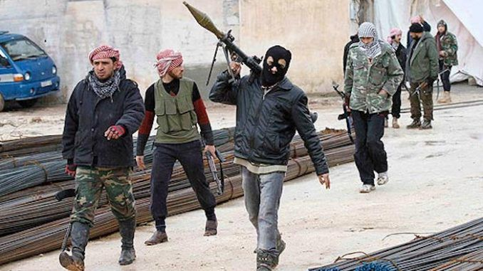 Syrian rebel defector claims US commanders told fighters to help ISIS