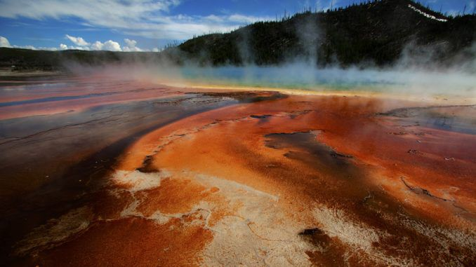 Experts warn that Yellowstone is about to blow