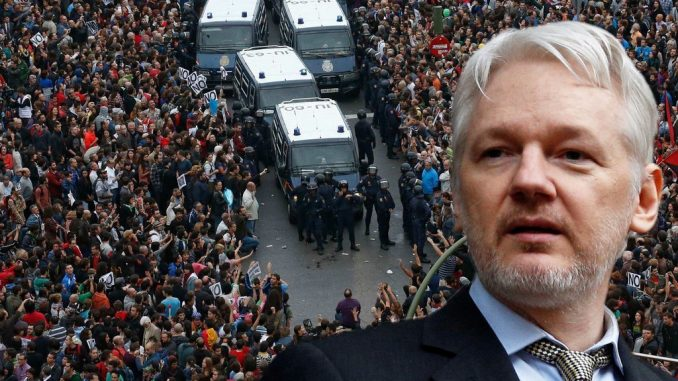 """WikiLeaks founder Julian Assange believes the upcoming Catalonia independence referendum will create """"a new 7.5 million nation or civil war""""."""