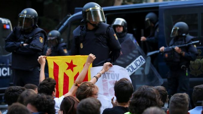 Spanish police block Catalan independence vote