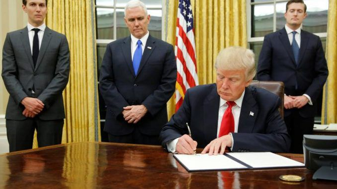 Trump to sign executive order allowing citizens to purchase health insurance across state lines