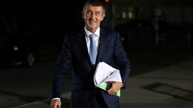 New leader of Czech Republic vows to leave corrupt European Union