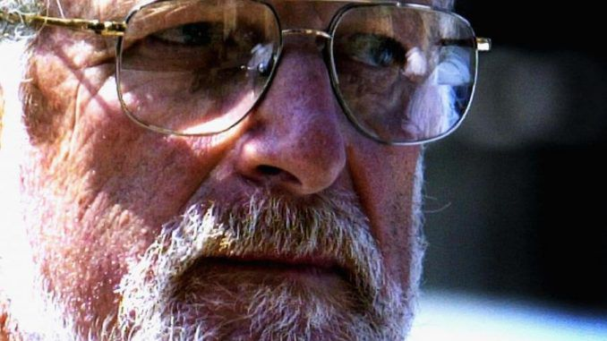 Body of Dr David Kelly cremated after renewed calls to investigate his suspicious death