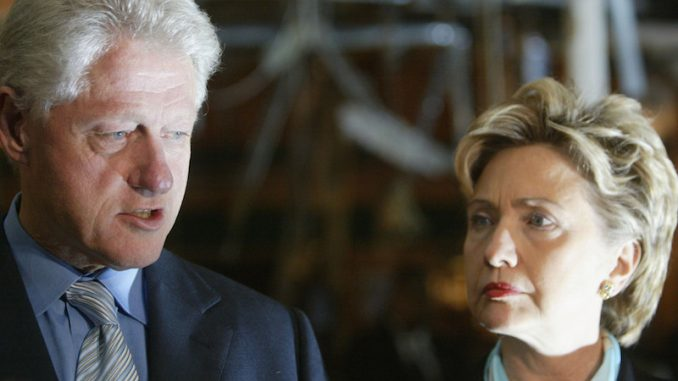 Elites prepare to throw the Clinton's under the bus