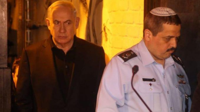 Police raid Benjamin Netanyahu's home over corruption charges