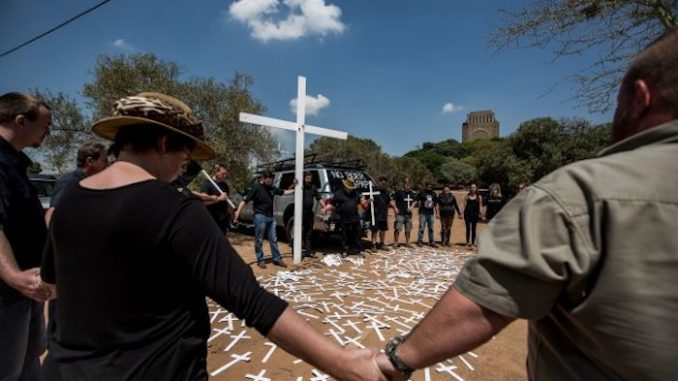 Australia offers asylum to persecuted white South African farmers
