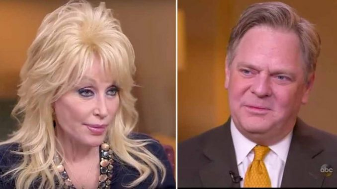 ABC host David Wright embarrassed himself more than once during an interview with the legendary Dolly Parton, who refused to trash talk Trump.