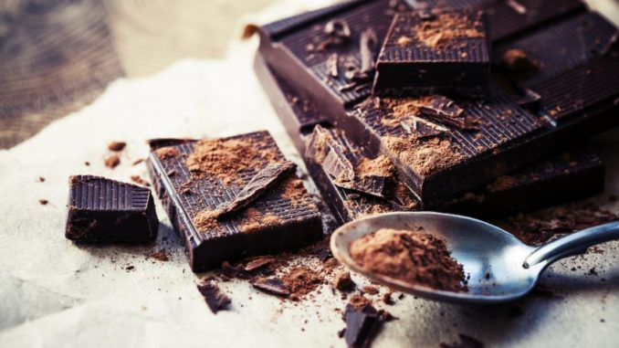 Consuming dark chocolate reduces stress and imflammation, study finds