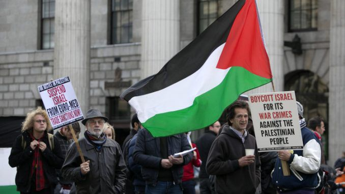 Israel force Irish banks to close accounts belonging to pro-Palestinian citizens