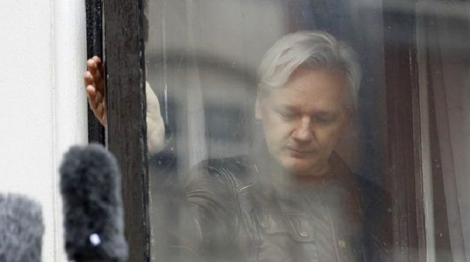 Julian Assange set to appear before Congress to debunk Russian hacking claims