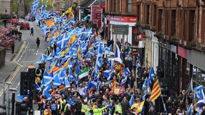 Thousands of citizens protest Queen Elizabeth's illegal rule over Scotland