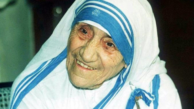 The headquarters of Mother Teresa's Missionaries of Charity has been raided by police for allegedly selling babies and young children.