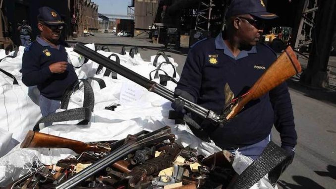 South Africa has begun confiscating white farmers' guns after a Court ruled that 300,000 gun owners have to relinquish their weapons.