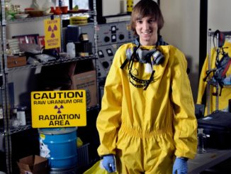 Teenager designs compact nuclear reactor