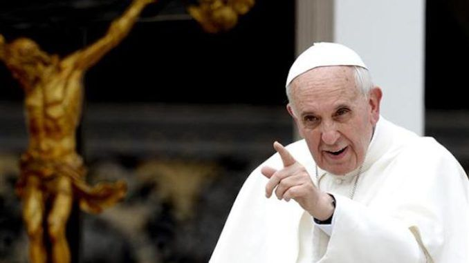 Pope Francis warns against exposing pedophile preists