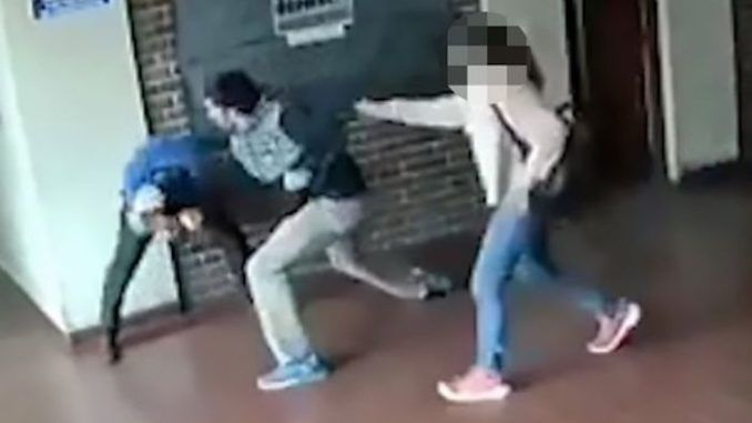 Father throws 22 punches in 15 seconds to pedophile who sexually assaulted his teenage daughter