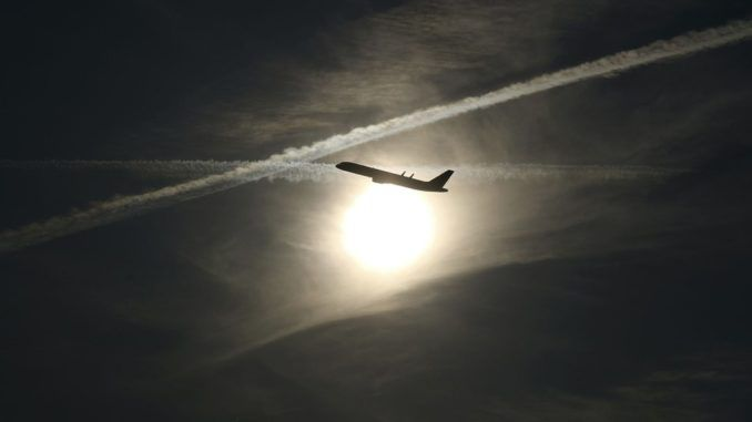 Scientists preparing to spray chemtrails into atmosphere to dim the sun and solve global warming